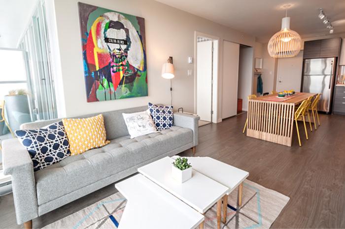 B VIEW living room 2