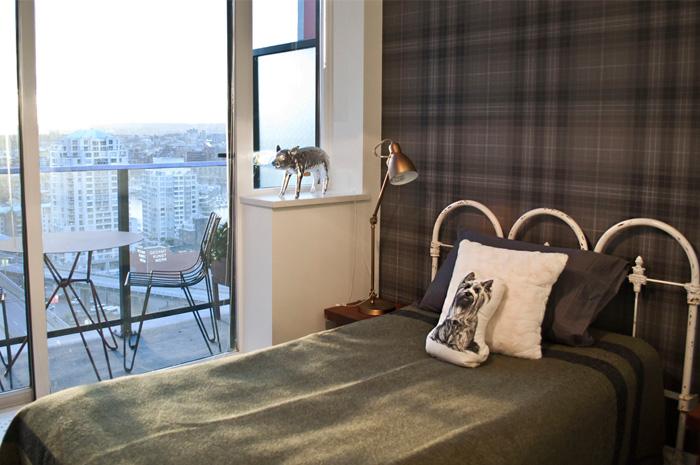 J1-bedroom